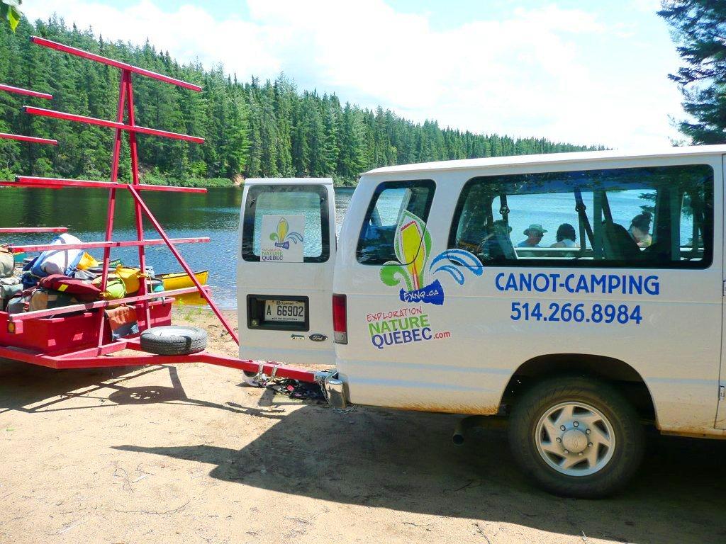 Location remorque minibus canots