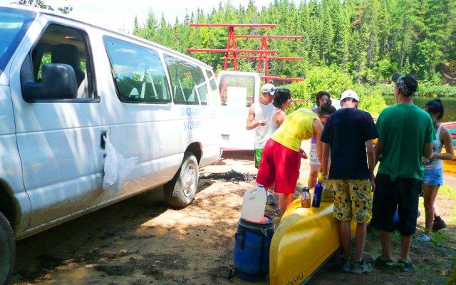 location canots minibus remorque